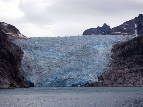800px-Prinz-christian-sund_glacier_hg